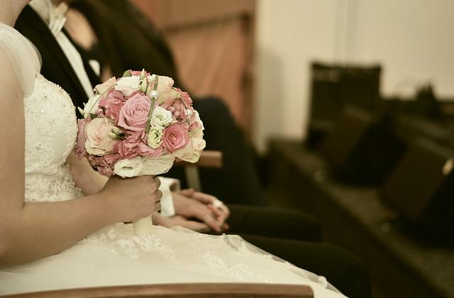 Welche Blumen Machen Sich Im Brautstrauss Gut Hochzeit Familie Kind